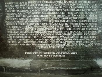 Poleđina albuma 'New York'. Kliknite na sliku za veći prikaz
