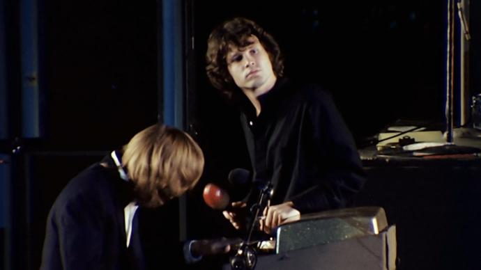 Scenski intermezzo: Ray i Jim na bini Hollywood Bowla