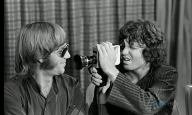 The Movie will begin in five Moments: Ray Manzarek i Jim Morrison