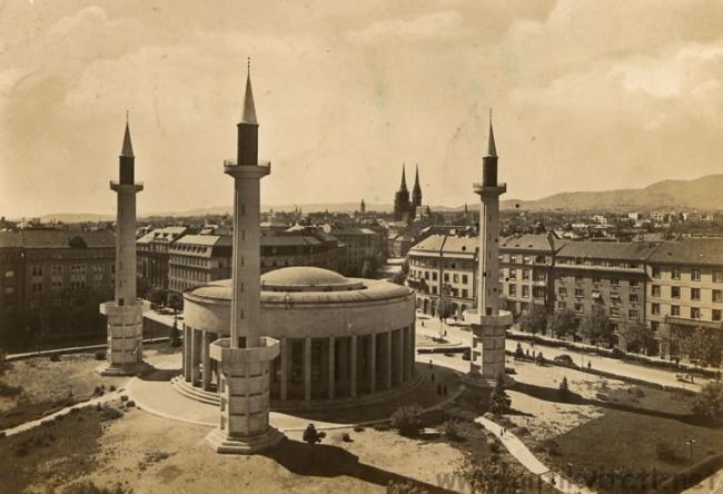 dzamija-s-minaretima