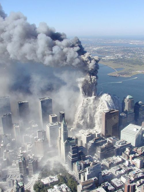 Obzor manhattana više nikad neće biti isti - pad Sjevernog tornja WTC-a