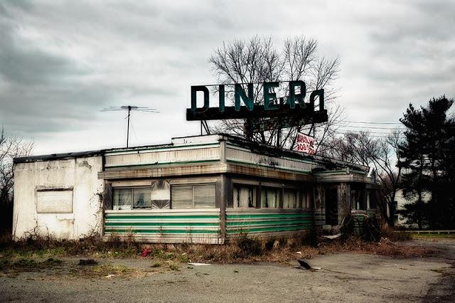 abandoned-diner