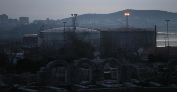 Pogled iz Solina ka Splitu (foto: Vjeran Stojanac)