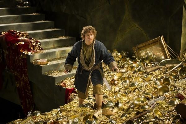 """""""Provalnik"""" na zadatku: Bilbo Baggins (Martin Freeman) u utrobi planine Erebor, suočen s opakim zmajem Smaugom."""