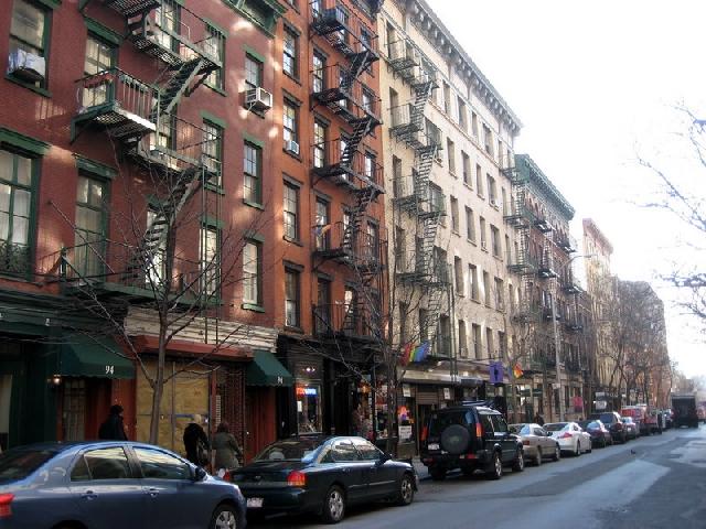 Christopher Street West Villageu od sredine prošlog stljeća slovi kao središte gradske LGBTQ zajednice
