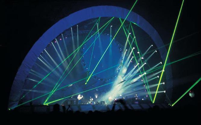 Grandiozna pozornica turneje koja je uslijedila po objavi albuma 'The Division Bell'.