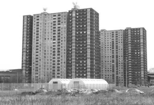Stambeni blokovi u Gorbalsu, Glasgow: tipičan primjer modernizma (mada ne i brutalizma, bar ne u užem značenju)