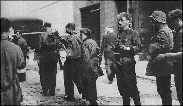 Warsaw_Uprising___Warecka_21__1944__jpg-seo
