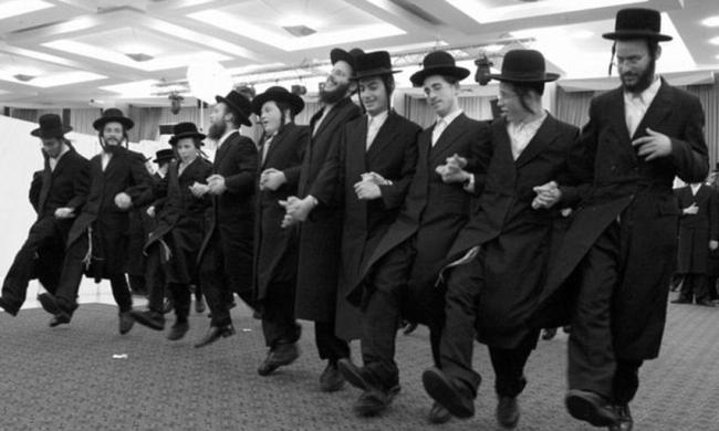 dancing-Jews