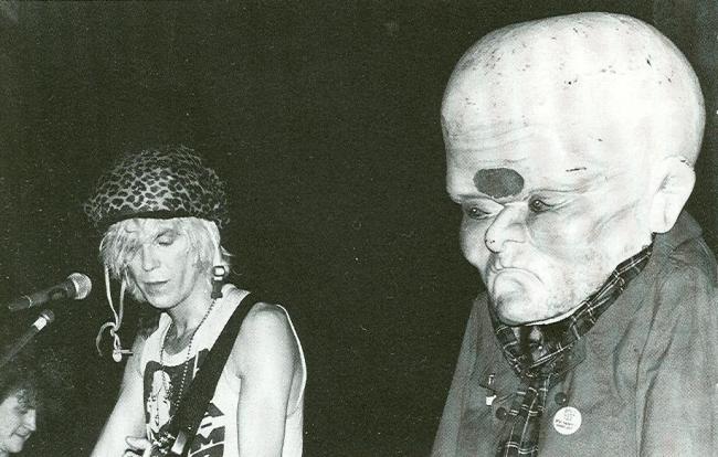 Julian Cope (lijevo)